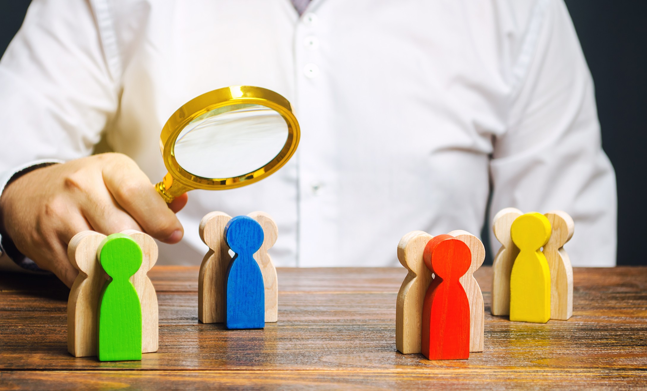 market-segmentation-marketing-groups-segment-classification-segments-analysis-audience-business_t20_0x3glo